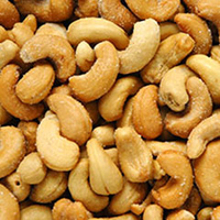 Organic Raw Cashews  8 oz Container  $12.59